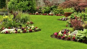 Landscape Edging Contributes to Your Landscapes Easy Maintenance and sweetness